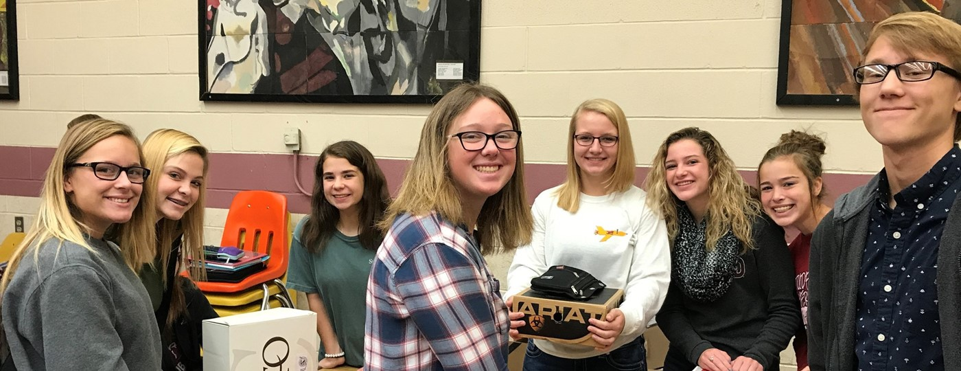 The Spanish Club of NEHS and SVMS collected and shipped almost 30 shoeboxes for Operation Christmas Child.  The annual drive sends presents to children from all over the world who may otherwise not receive gifts for the holidays.  Items include hygiene items, toys, and school supplies.